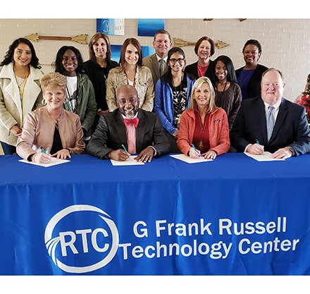 Greenwood School Districts Sign Dual Enrollment Partnership with PTC